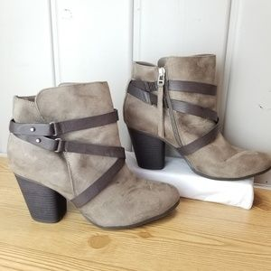 Torrid Zip Up Ankle Booties Size 12 Wide Taupe